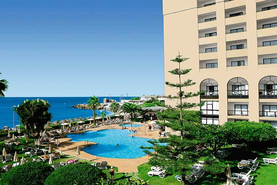 Hotel Riu Monica - Outdoor pool