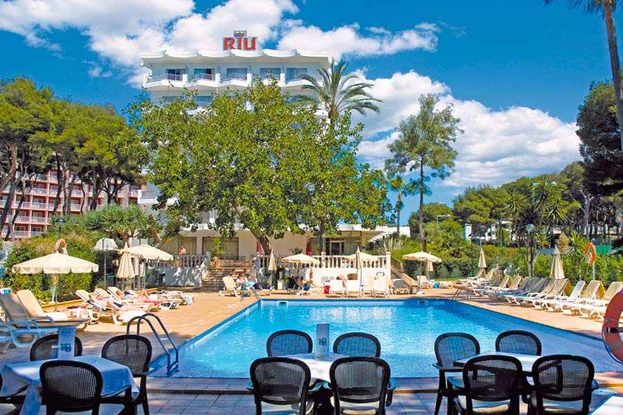 Hotel Riu Festival - Outdoor pool