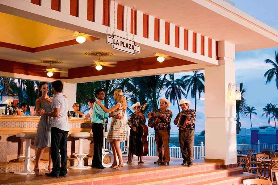 Hotel Riu Emerald Bay - Restaurant
