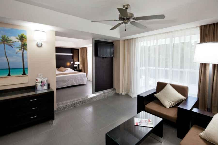 Hotel Riu Naibo... Oceanfront Resorts