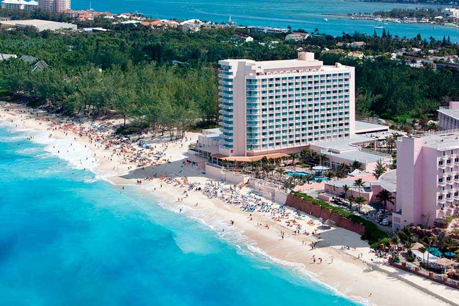 Hotel Riu Palace Paradise Island - Aerial view