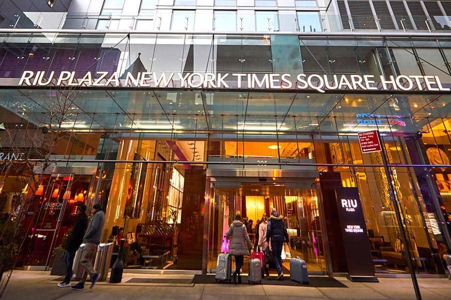 """Risultato immagini per riu plaza times square new york"""""""