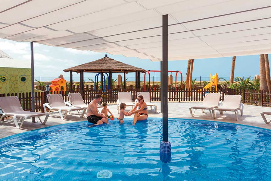 Hotel Riu Palace Cabo Verde - Outdoor pool