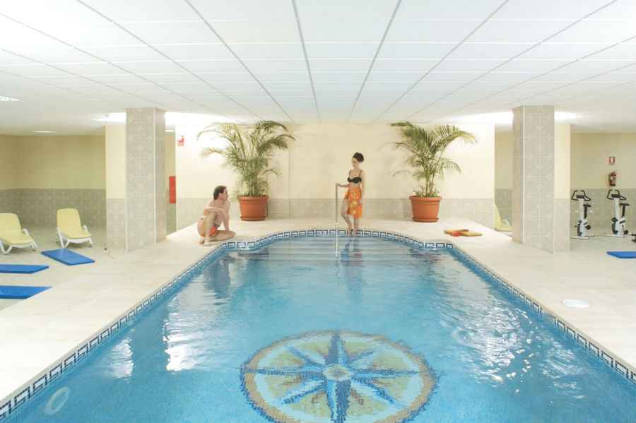 Hotel Riu Garoe - Indoor pool