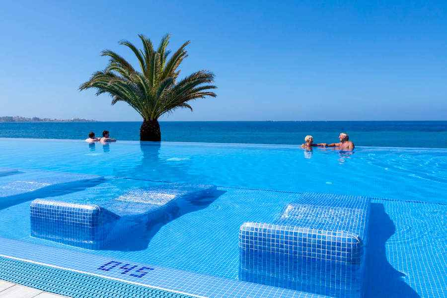 Hotel Riu Palace Tenerife - Outdoor pool