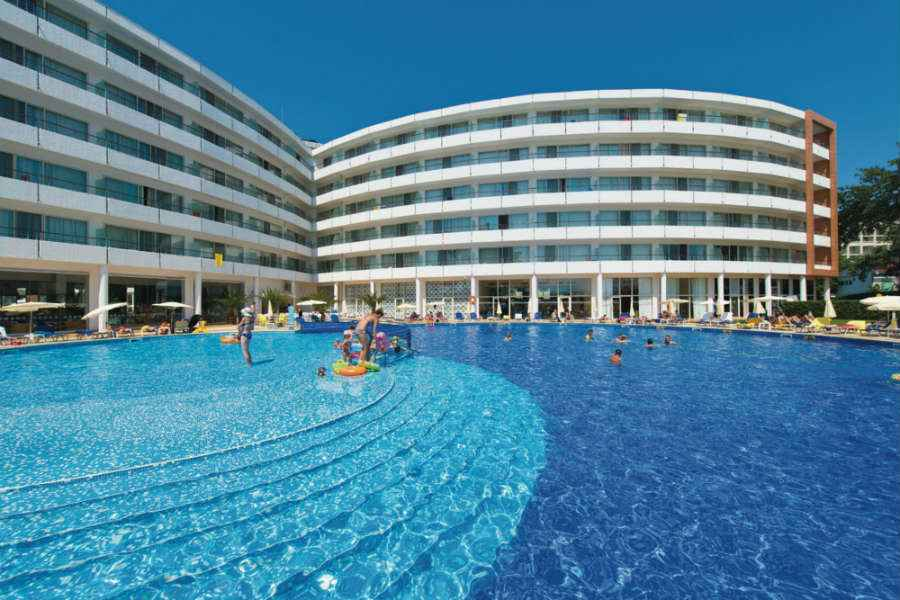 Hotel Riu Helios - Outdoor pool