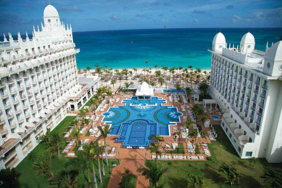 Hotel Riu Palace Aruba - Outdoor pool