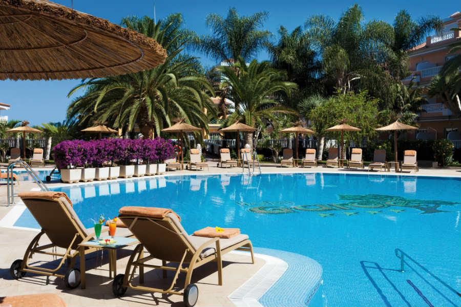 Hotel Riu Garoe - Outdoor pool