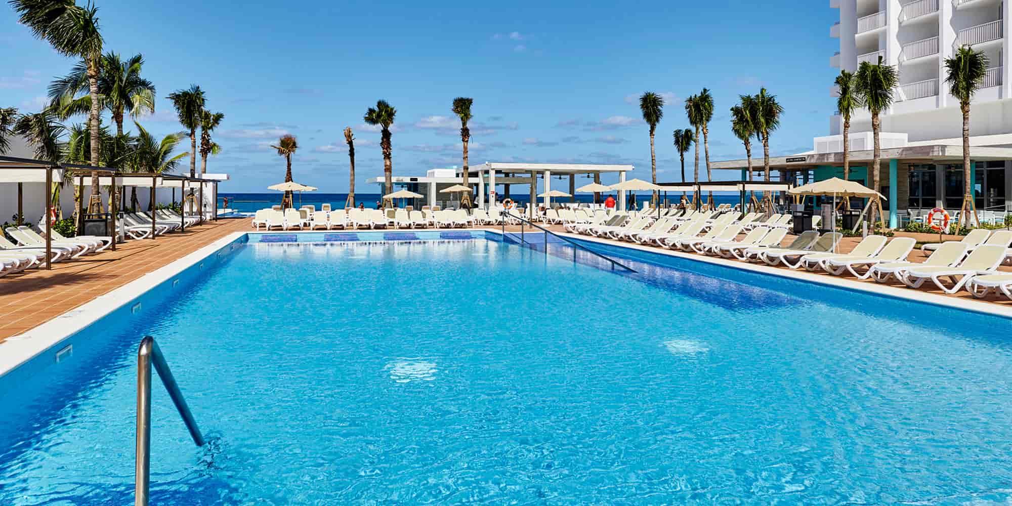 Hotel Riu Palace Paradise Island | Adults Only Hotel Paradise Island