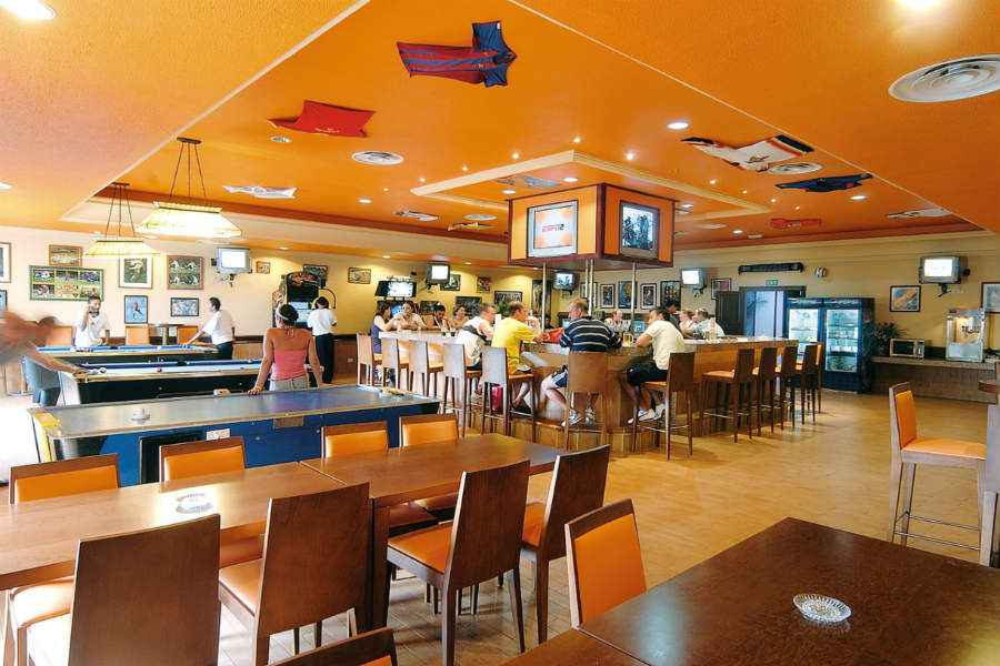 Hotel Riu Cancun - Sport bar