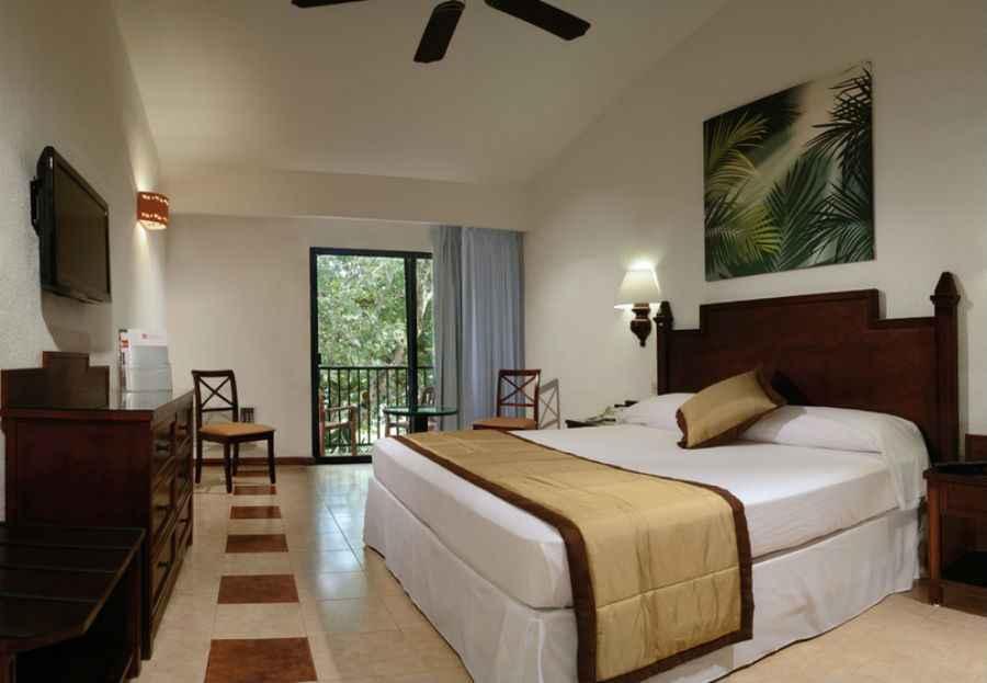 Hotel riu lupita hotel playacar todo incluido for Cuarto de hotel 5 estrellas