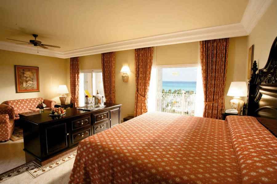 Hotel riu palace riviera maya hotel riviera maya todo for Habitacion familiar hotel riu vallarta