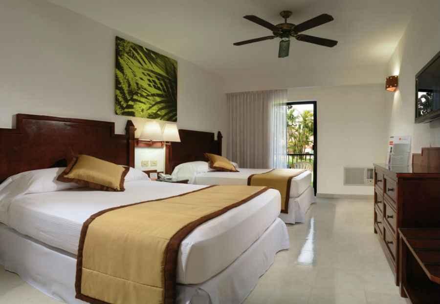 Hotel riu lupita hotel playacar todo incluido for Habitacion familiar riu playa blanca