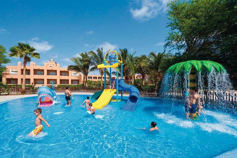 Clubhotel riu funana hotel isla de sal todo incluido - Vacaciones en cabo verde todo incluido ...