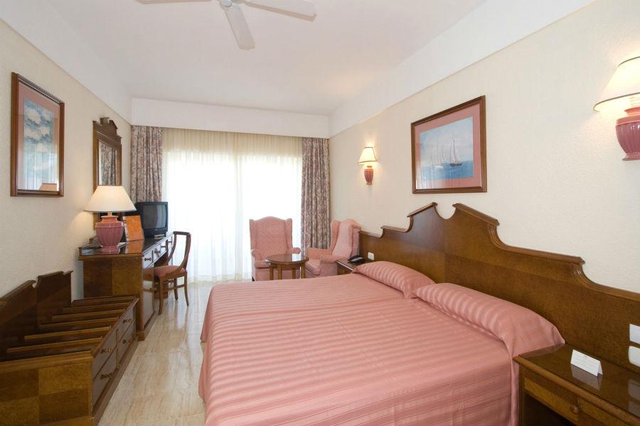 Hotel Riu Paraiso Lanzarote Resort All Inclusive Hotel Playa De