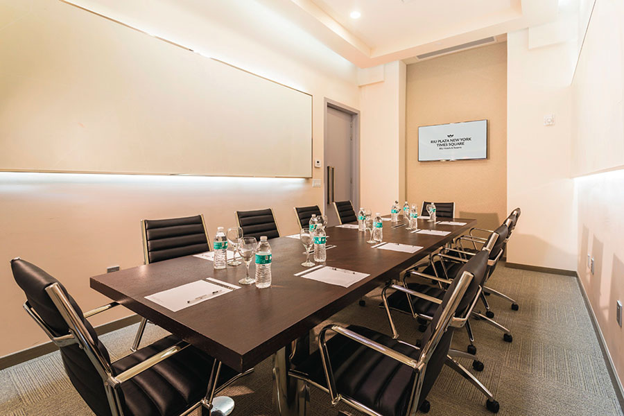 Hotel Riu Plaza New York Times Square Riu Plaza Hotels - Square conference room table
