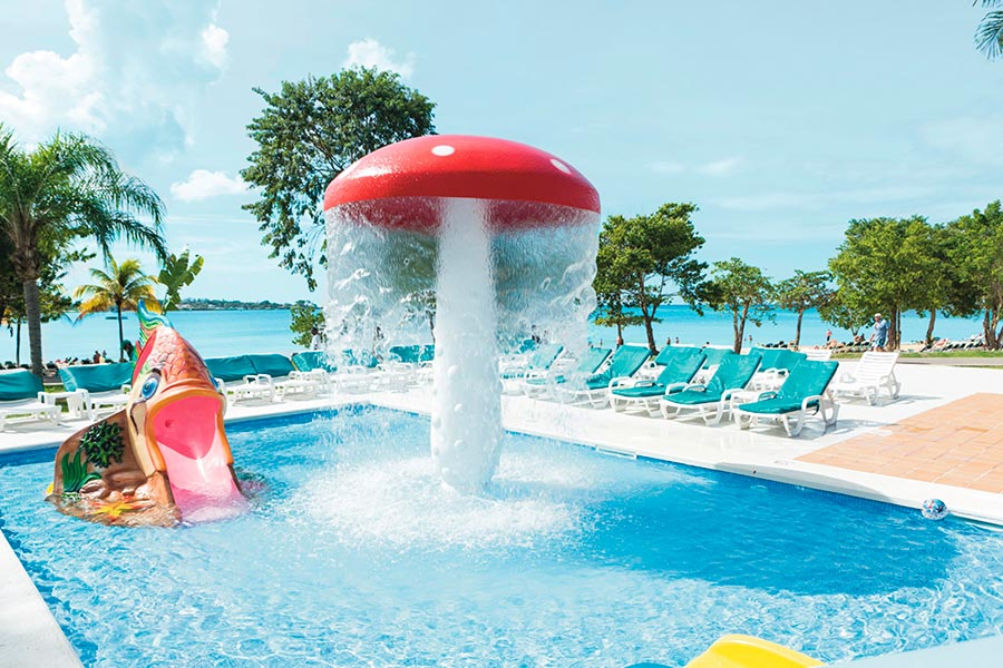 ClubHotel Riu Negril - Buitenzwembad