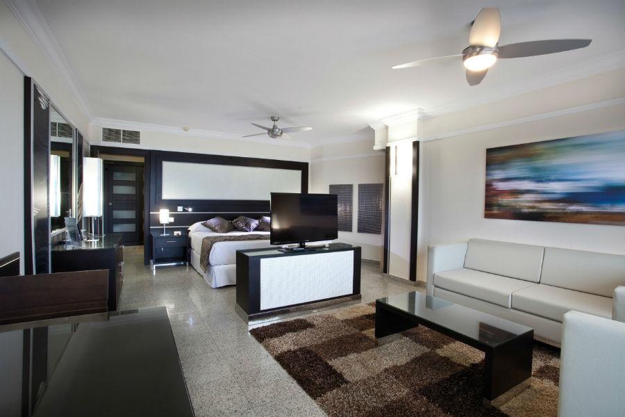Hotel Riu Nautilus Adults Only Hotel Strand Van Torremolinos