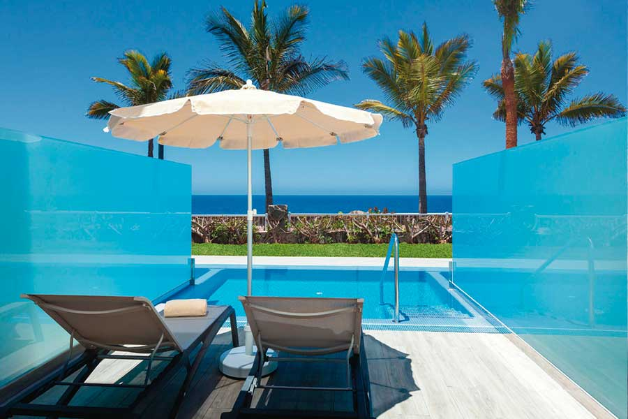 Swim-up Suites com piscina privada